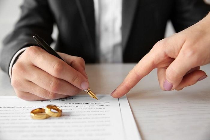 Брачный договор и договор о разделе имущества: в чем разница? — Белорусская  нотариальная палата
